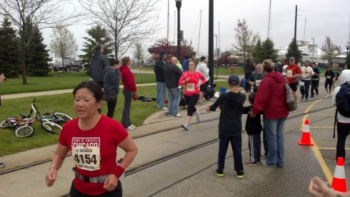 Sprinting to the finish of the Wisconsin Half Marathon 2012.